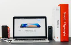 最新的iPhone x 10与圆角落 免版税库存照片