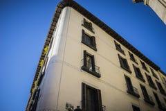 最旧的街道在西班牙的首都,市马德里,它的a 免版税库存照片