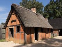 最早期的欧洲移居者在弗吉尼亚美国建立他们的第一殖民地詹姆斯河的历史的詹姆斯敦 库存照片