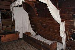 最早期的欧洲移居者在弗吉尼亚美国建立他们的第一殖民地詹姆斯河的纪念历史的詹姆斯敦 免版税库存照片