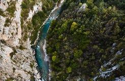 最深的峡谷在欧洲 塔拉河峡谷 黑山 免版税库存照片