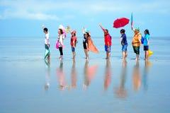 最近发现了平的盐天空镜子海岛|马来西亚 免版税库存图片