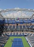 最近改善的亚瑟・艾许球场在比利・简・金国家网球中心 图库摄影