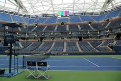 最近改善的亚瑟・艾许球场在比利・简・金国家网球中心 免版税图库摄影