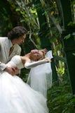 最近结婚配对 免版税图库摄影