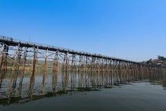 最长的木桥梁 图库摄影