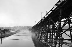 最长的木桥-泰国 免版税库存图片
