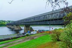最长的被遮盖的桥在世界上,在Hartland 免版税库存图片