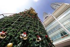最高的马来西亚圣诞树的全视图 库存照片