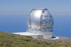 最高的la palma峰顶西班牙望远镜 免版税库存图片