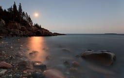 月亮上升 免版税库存照片