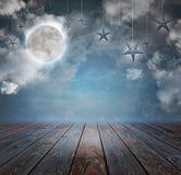 月亮和星夜背景背景 免版税库存图片
