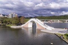 月亮桥梁 免版税库存照片