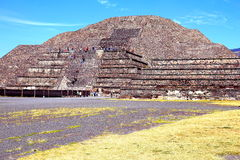 月亮金字塔x, teotihuacan 免版税库存图片
