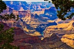 10月光的大峡谷 免版税库存图片