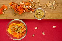 10月南瓜籽和胆量 图库摄影