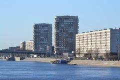 10月堤防在彼得斯堡 免版税库存照片