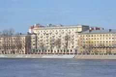 10月堤防在彼得斯堡 库存图片