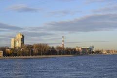 10月堤防,圣彼德堡 免版税图库摄影