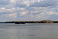 10月寒冷多瑙河 库存照片
