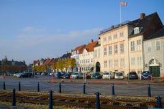 11月早晨在镇中心, Helsinger 库存图片