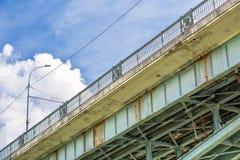 10月桥梁,金属合金元素 新西伯利亚,西伯利亚, 免版税图库摄影
