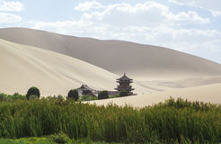 月牙泉在敦煌,中国 免版税库存照片
