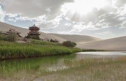 月牙泉在敦煌,中国 库存照片