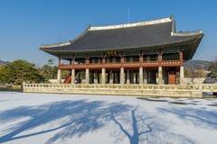 12月6,2017在Gyeonghoeru的Sonwing在Gyeongbok宫殿,汉城 免版税图库摄影