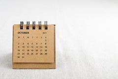 10月 排进日程与拷贝空间的板料在右边 免版税图库摄影