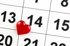 2月14日与一个红色心脏标志假日 免版税库存图片