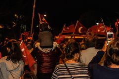 8月30日土耳其胜利天游行在晚上 库存图片