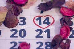 2月14日在日历的 免版税库存照片