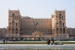 2017年3月15日方形的自由,巴库,阿塞拜疆 终端的建筑惯例1的竞争的在Governme的 库存图片