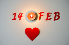 2月14日标志和蜡烛光 库存图片