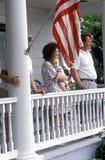 7月4日游行的观众,岩石霍尔,马里兰 免版税图库摄影