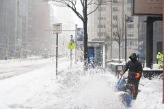 2017年3月14日,曼哈顿,纽约,美国-雪飞雪在曼哈顿,纽约 库存图片