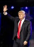 2016年10月15日,爱迪生, NJ -唐纳德・川普讲话在'人类的爱迪生新泽西印度印地安美国集会被团结反对T 免版税库存照片