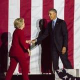 2016年11月7日,美国独立纪念馆,菲尔 PA -奥巴马总统和民主党总统候选人希拉里・克林顿举行Electi 库存照片