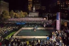2016年11月7日,美国独立纪念馆,菲尔 PA -数千参加竞选伊芙出去与布鲁斯S的表决集会的希拉里・克林顿 免版税图库摄影