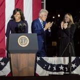 2016年11月7日,美国独立纪念馆,菲尔 PA -竞选的比尔和切尔西・克林顿Mezvinsky欢迎第一夫人米歇尔・奥巴马 免版税库存图片