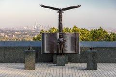 9/11 10月16日, 2016年-纪念老鹰岩石保留在西奥兰治,新泽西有纽约看法  免版税库存照片