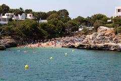 2017年6月16日, Cala自我,马略卡,西班牙-海滩和它的周围的看法 图库摄影