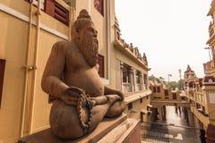 2014年10月27日:一个印度神的雕象在Laxminarayan te的 图库摄影