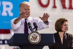 2016年10月13日:内华达的民主党U乔・拜登副总统竞选 S 参议院候选人凯瑟琳科尔特斯Masto和presid 免版税库存照片