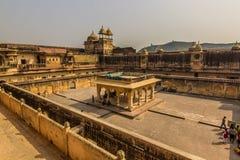 2014年11月04日:在琥珀色的堡垒里面在斋浦尔,印度 免版税库存照片