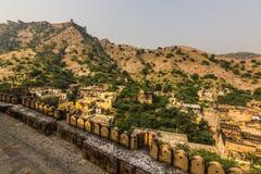 2014年11月04日:在琥珀色的堡垒附近的风景在斋浦尔 库存照片