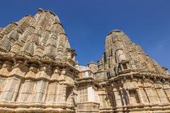 2014年11月08日:在Kumbhalgarh堡垒,印度的印度寺庙 免版税图库摄影