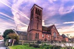 2016年12月04日:教会在罗斯基勒,丹麦镇  库存图片