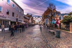 2016年12月04日:步行街道在罗斯基勒,丹麦 库存照片